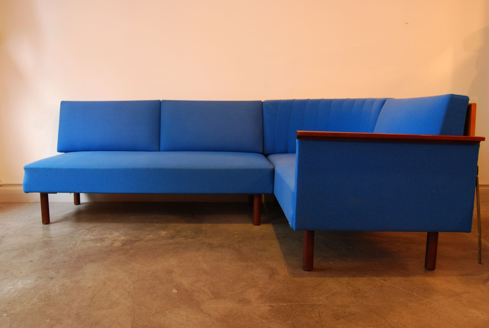 Chase & Sorensen L-shaped sofabed
