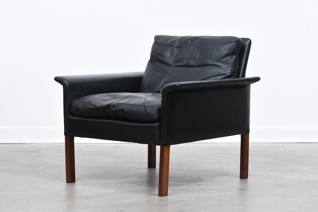 Model 500 leather lounger by Hans Olsen