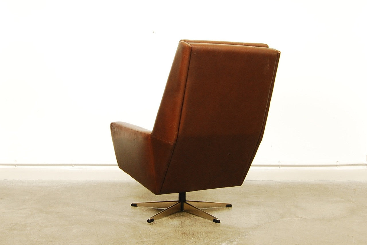 Chase & Sorensen High back chocolate brown lounger