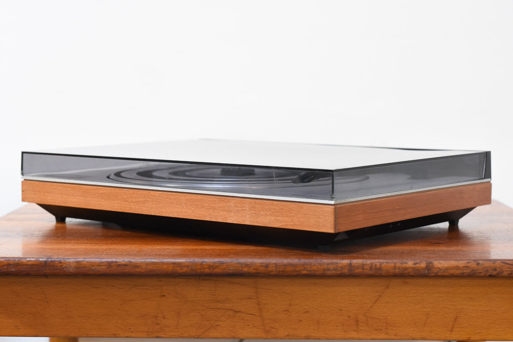 Vintage Beogram 1902 record player by Bang & Olufsen