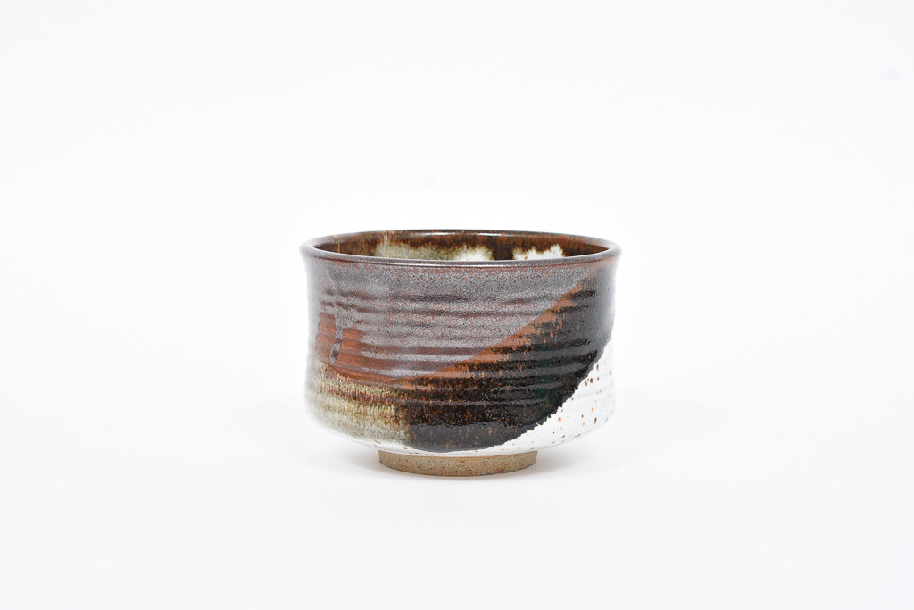 Decorative stoneware bowl by Jørgen Finn Petersen