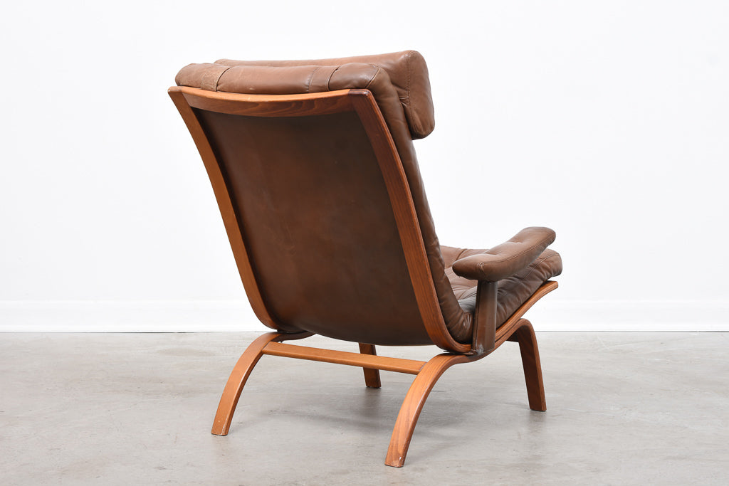 Leather lounger by Göte Möbler