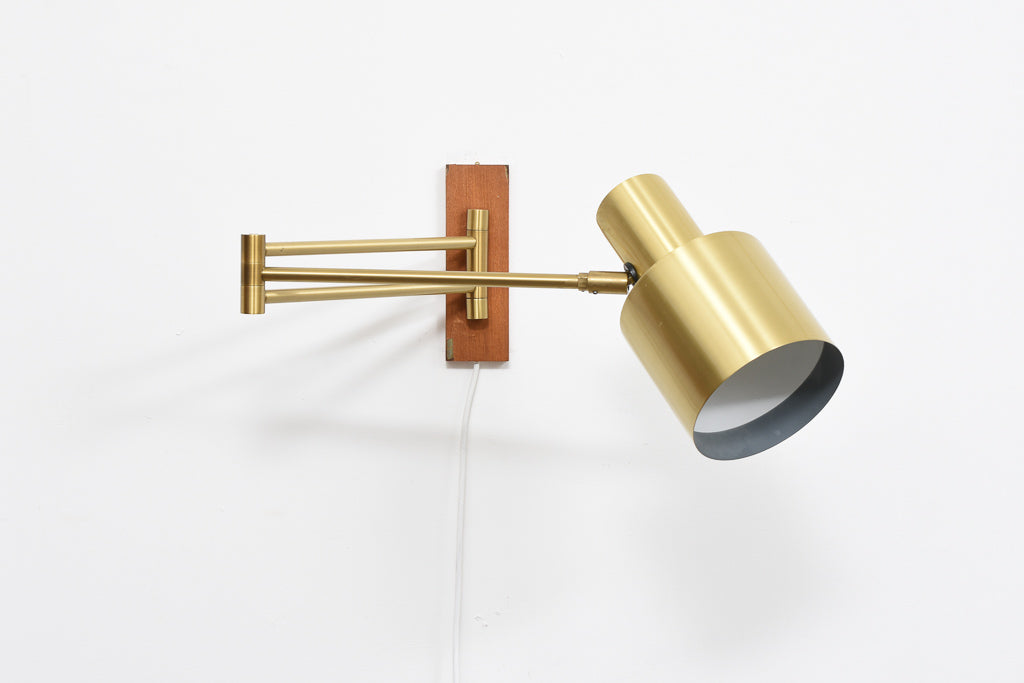 'Horisont' wall light by Jo Hammerborg - Brass