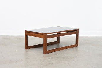 Low teak coffee table with reversible top
