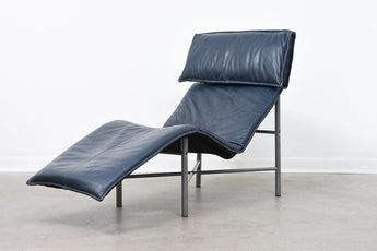 'Skye' chaise longue by Tord Björklund
