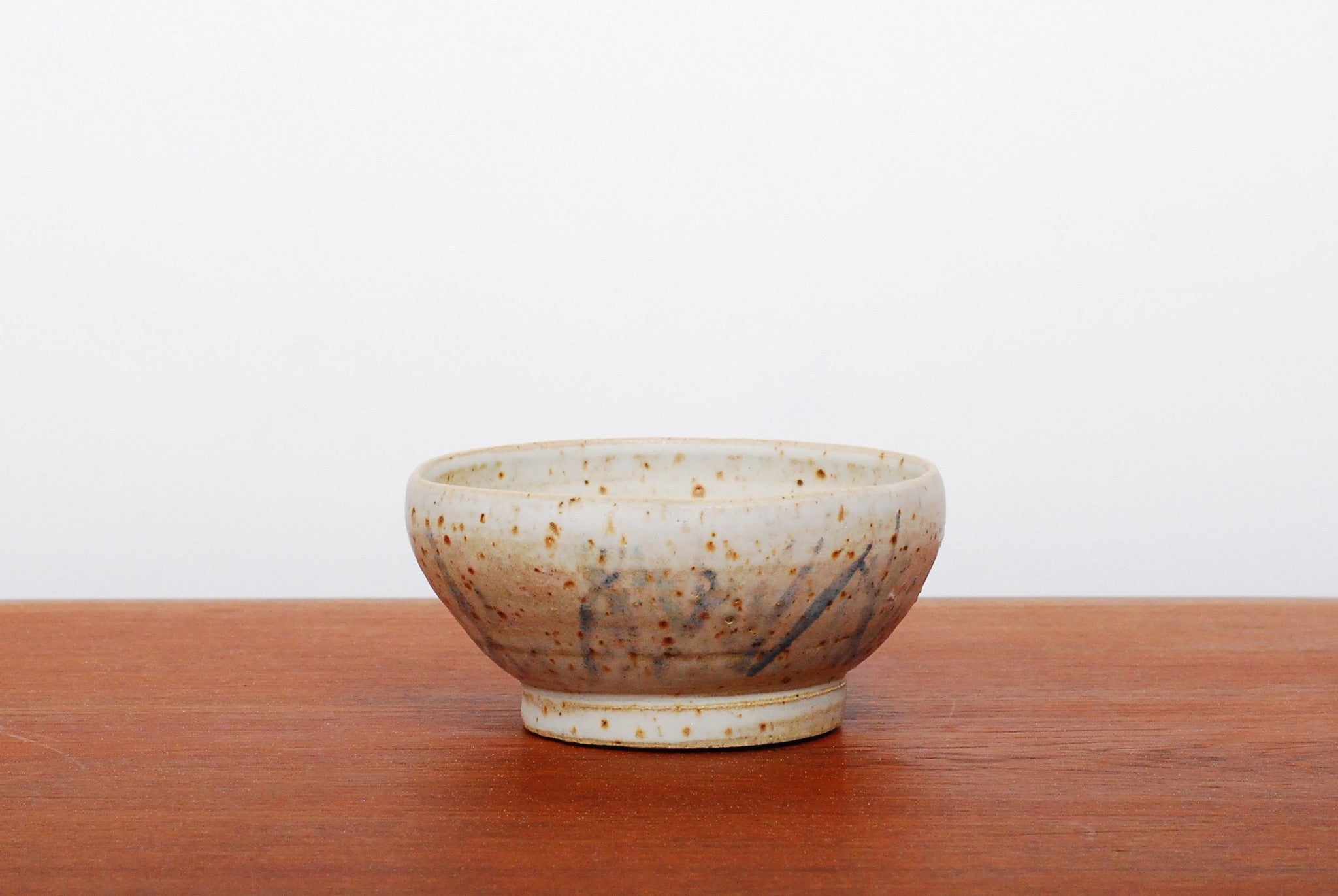 Freckled stoneware bowl