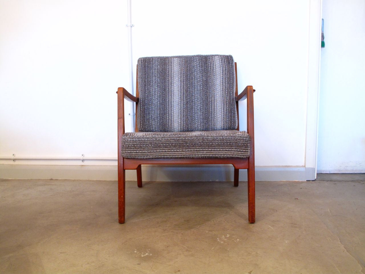 Chase & Sorensen Stained beech chair no. 1