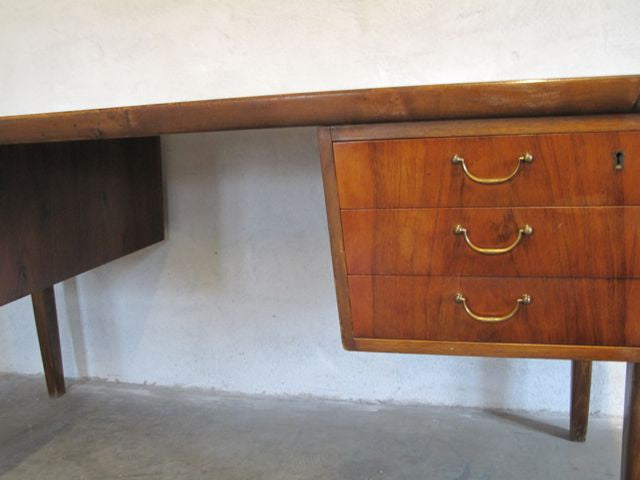 Chase & Sorensen Desk with six drawers