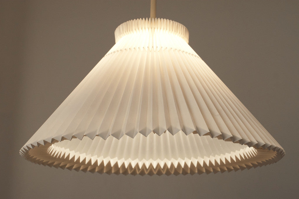 Le Klint height adjustable ceiling lamp