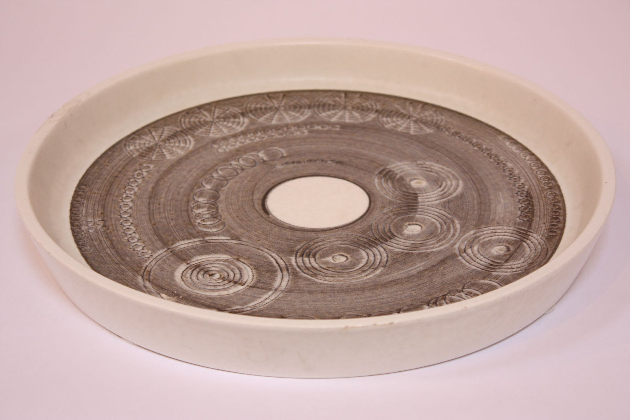 Large plate designed by Olle Alberius for Rorstrand