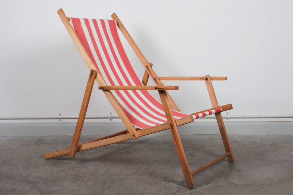 Fold-up beach / garden chair