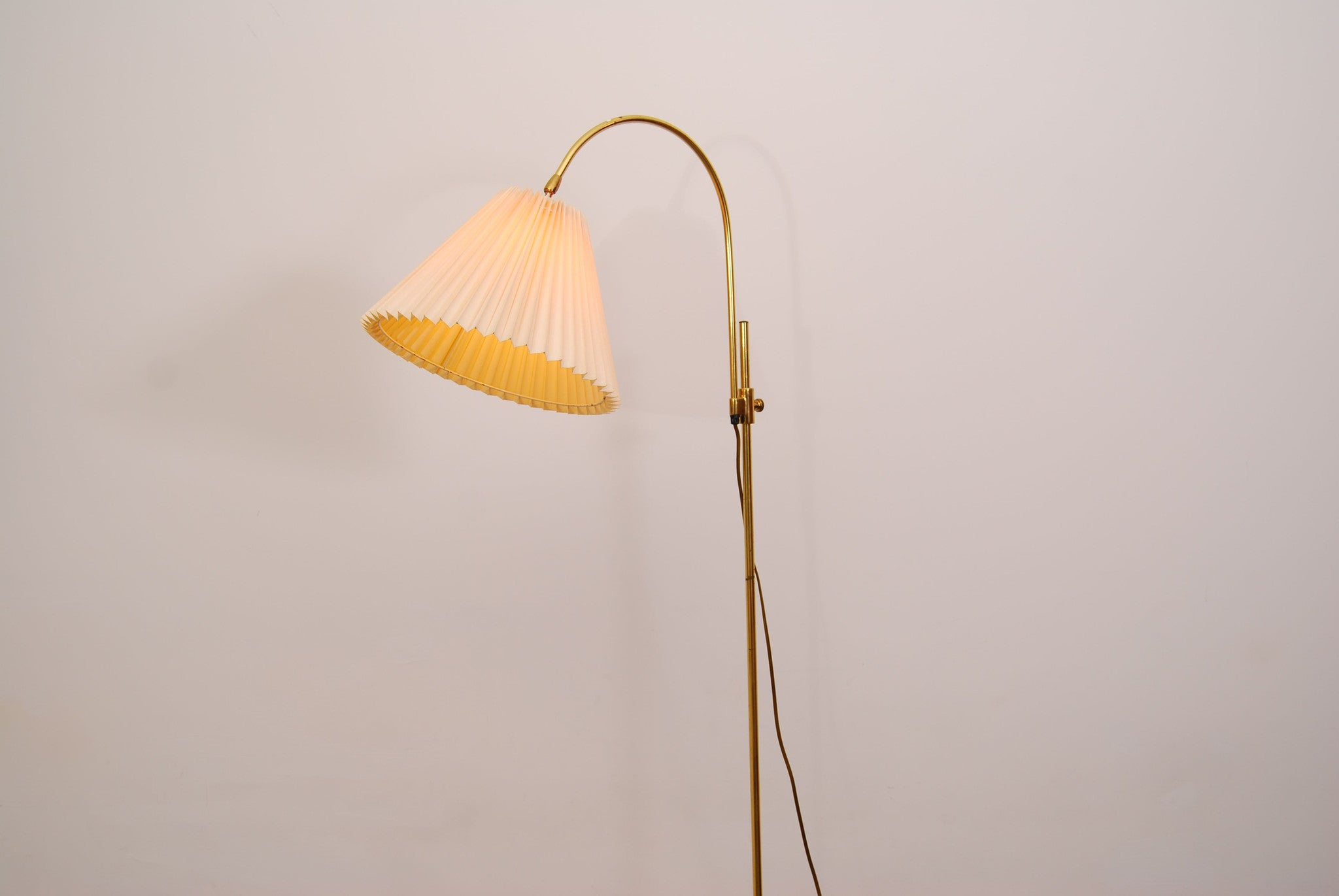Brass floor lamp with concertina shade