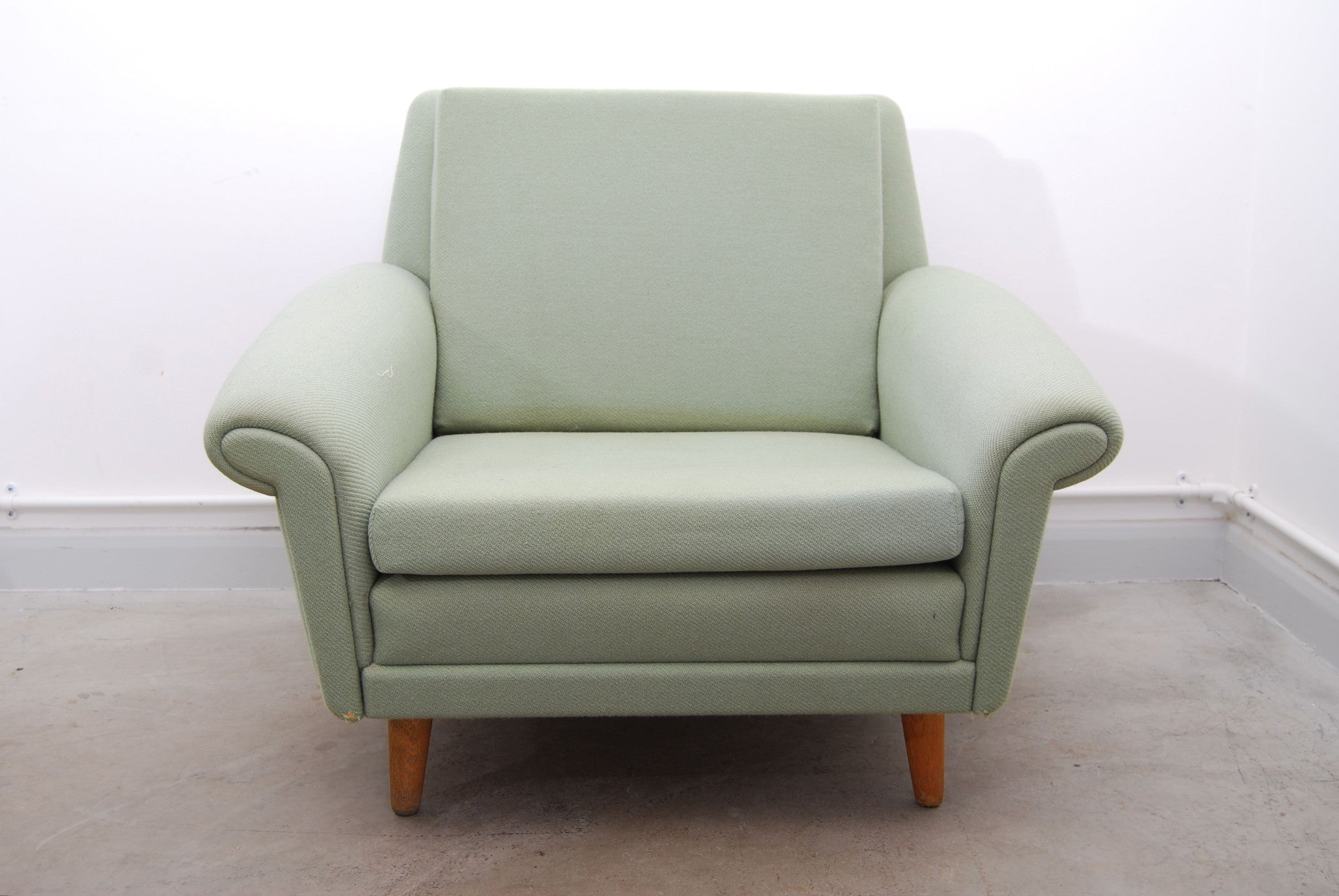 Mint green lounge chair