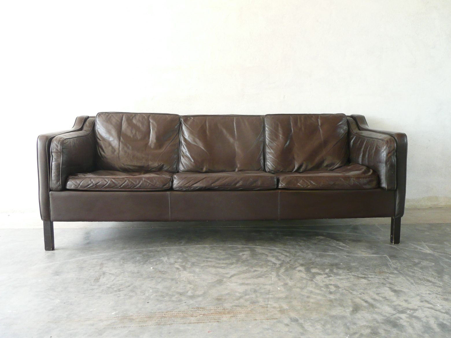 Three seat leather sofa in style of Mogensen