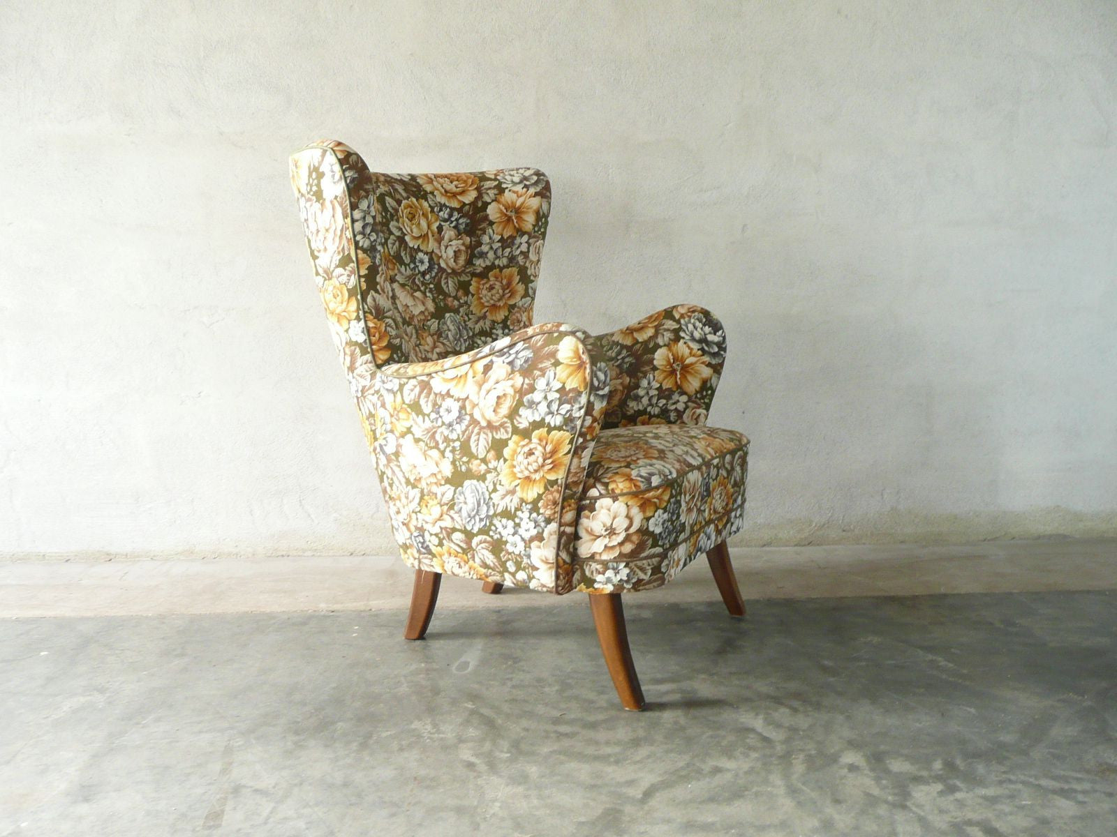 Fix me up project: Floral wingback lounge chair
