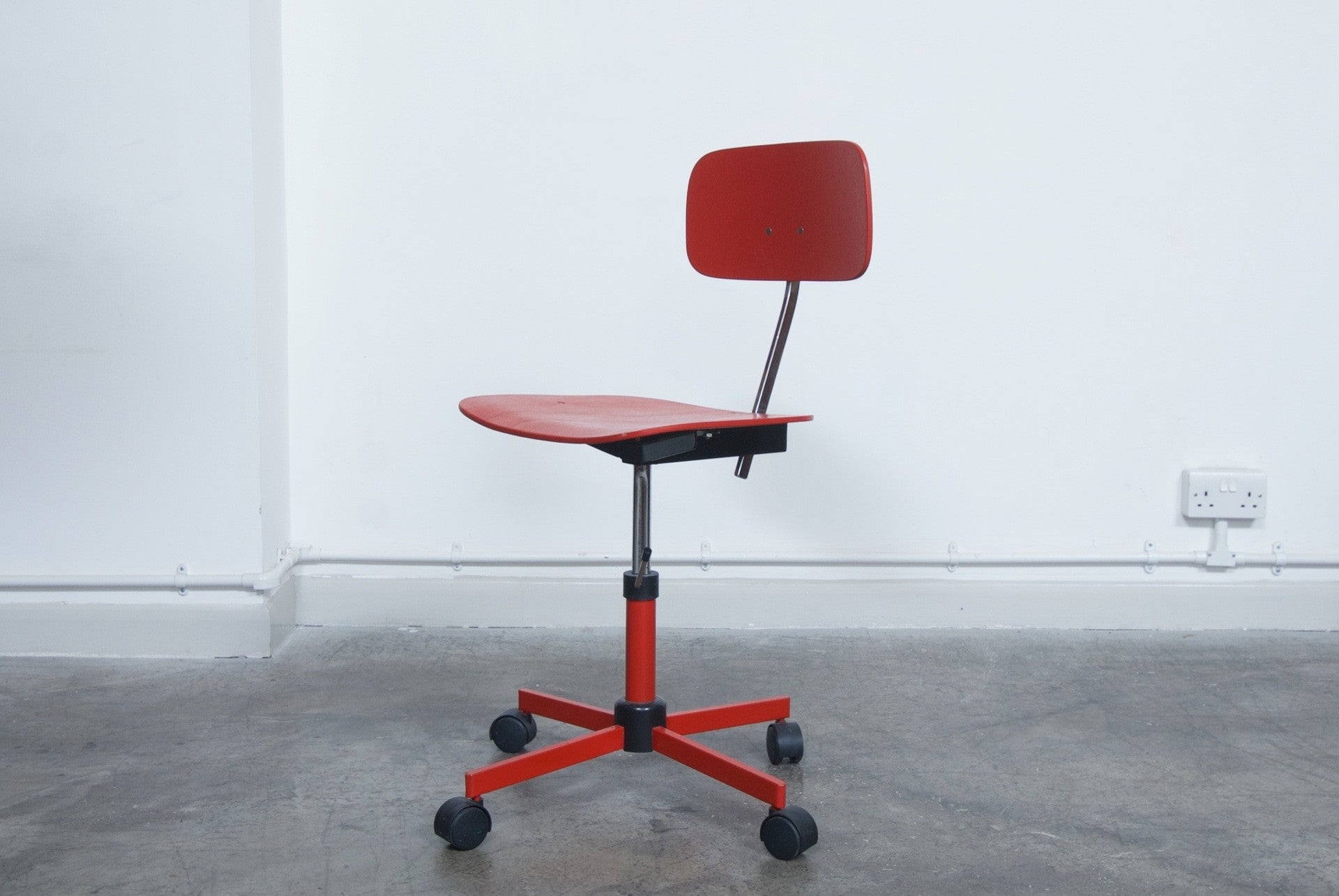 Not specified Adjustable desk chair by Rabami