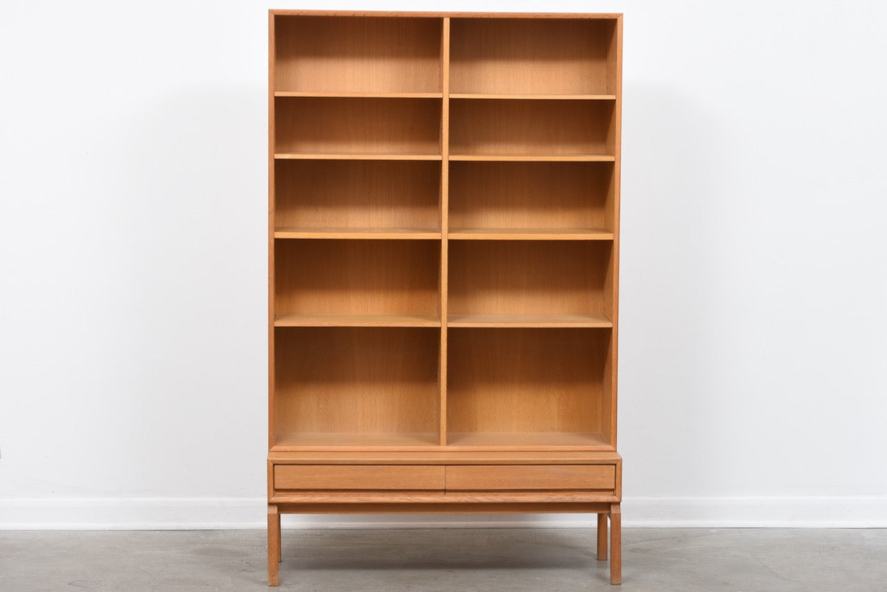 1960s Swedish bookshelf in oak - 178.5H cm