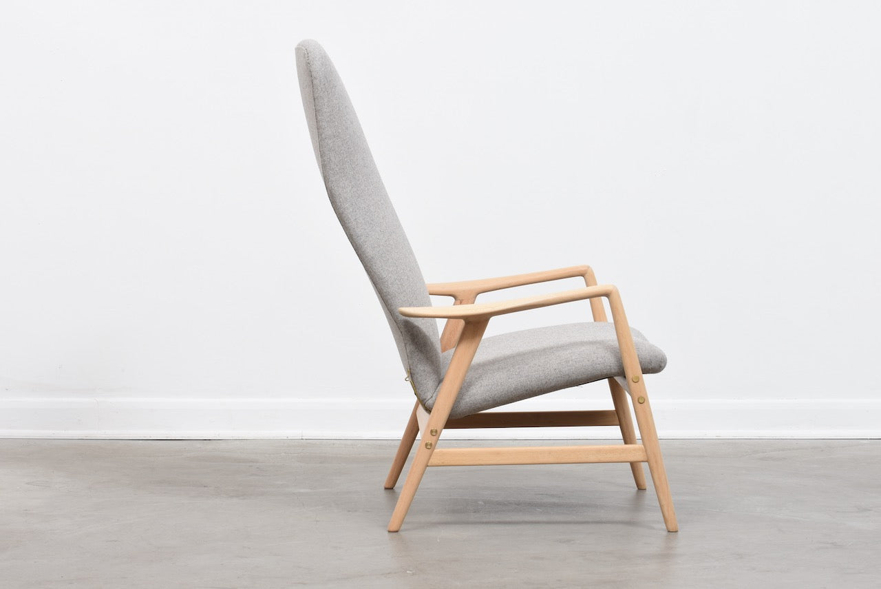 Reclining Contour 327 lounge chair by Alf Svensson