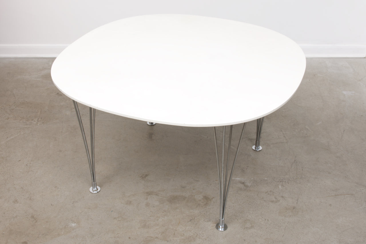 Superellips dining table by Bruno Mathsson + Piet Hein