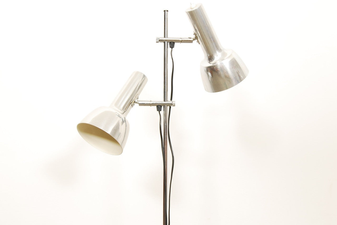 Twin-headed floor lamp with chrome finish