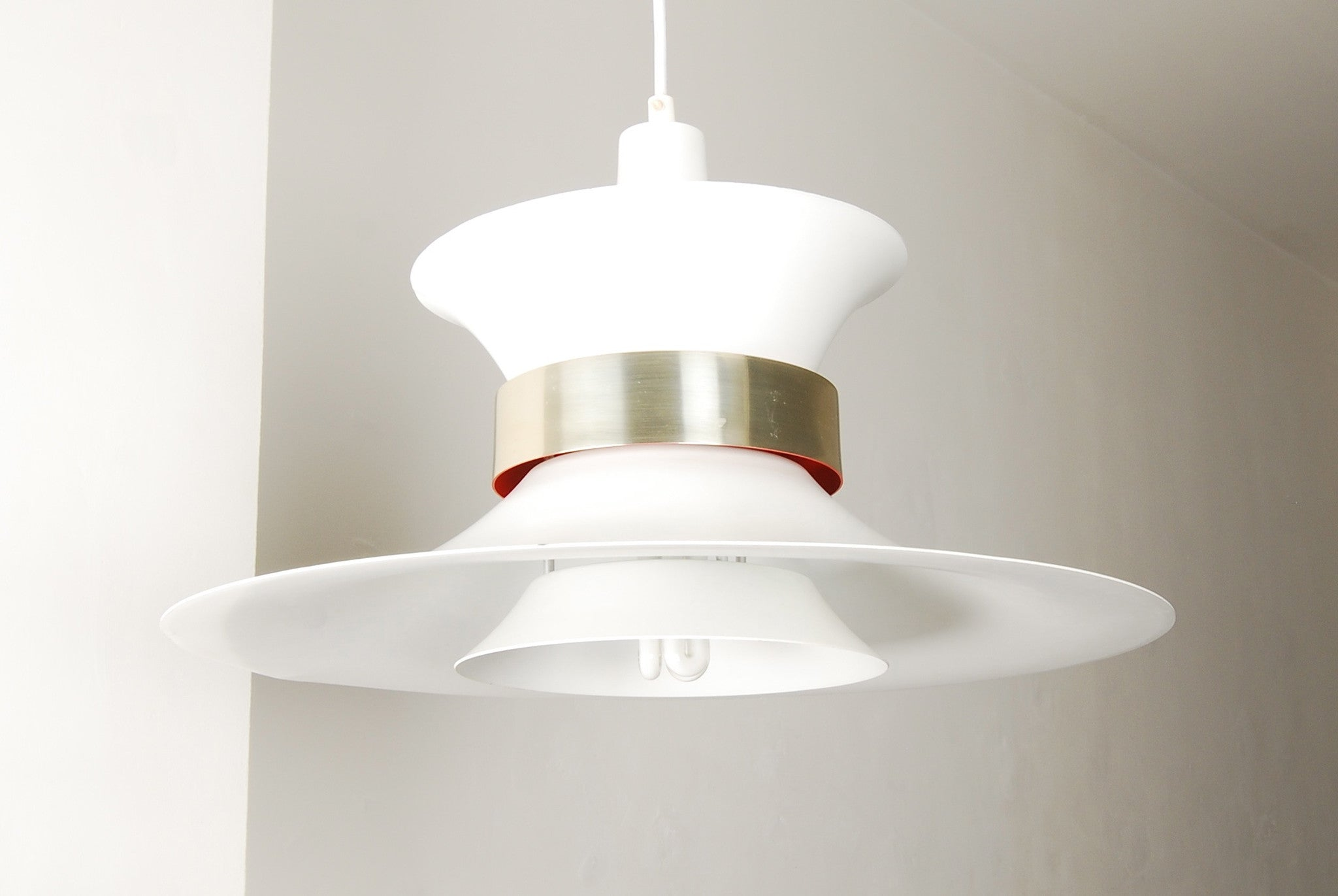 Multi-tiered ceiling lamp