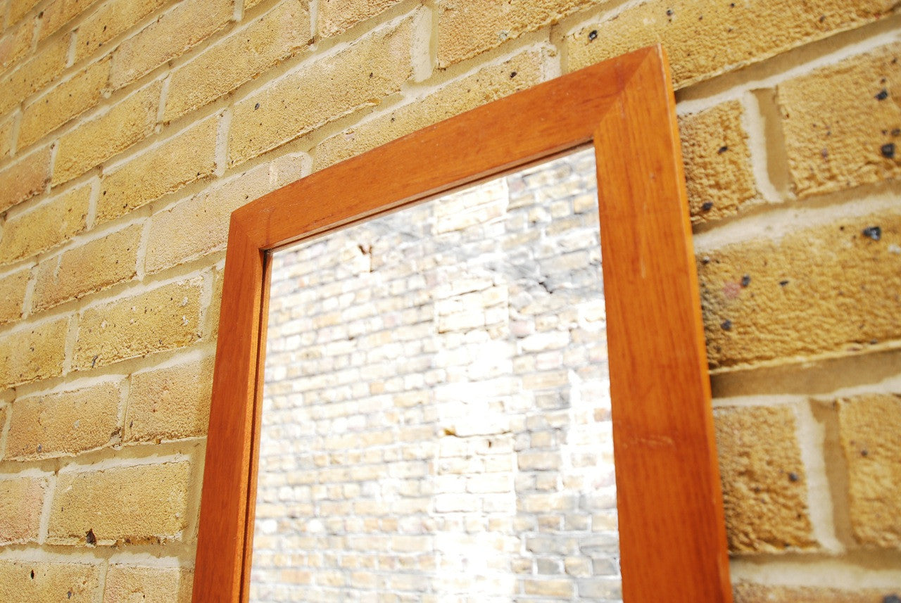 Medium length mirror with teak frame