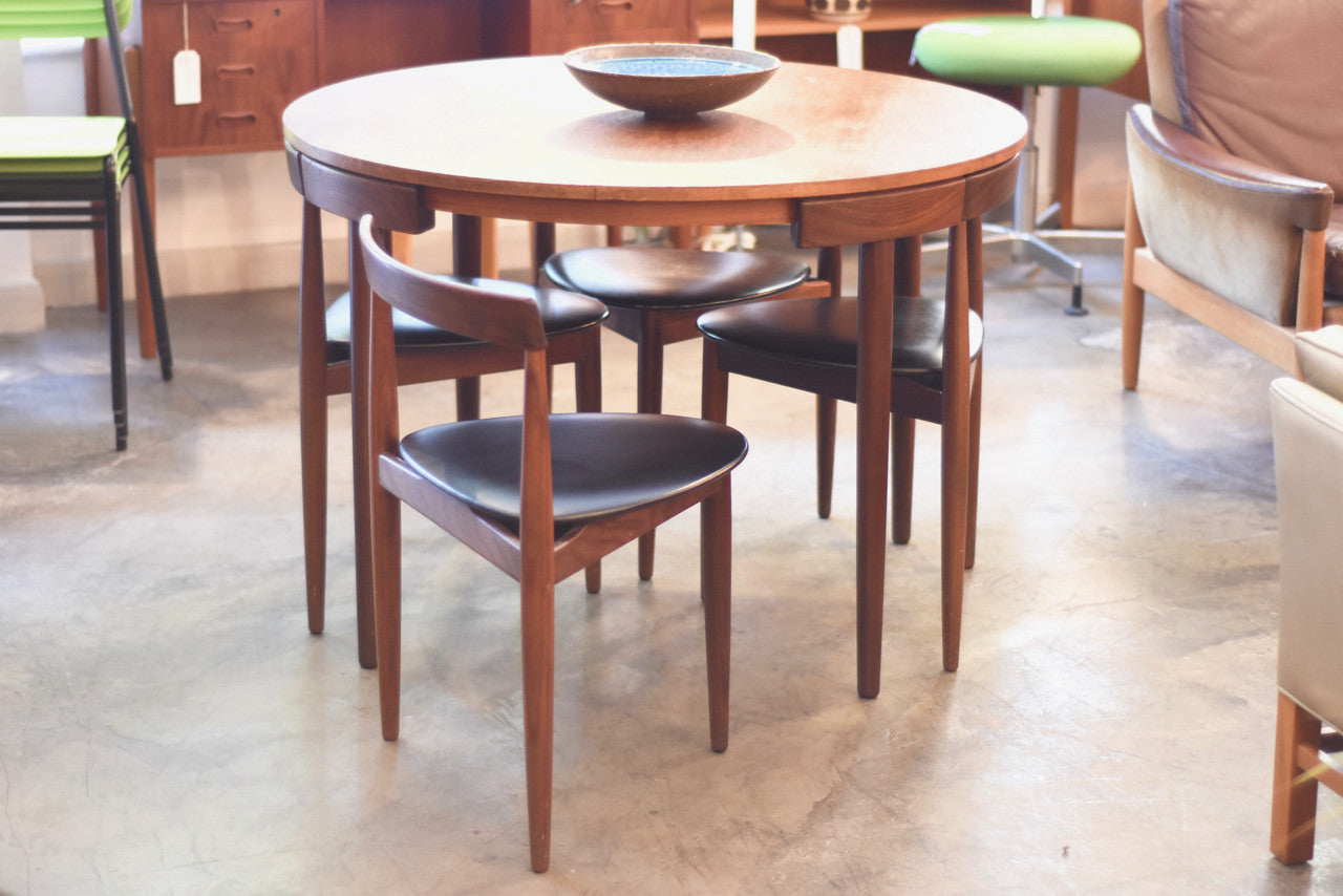 Dining set by Hans Olsen for Frem Rojle
