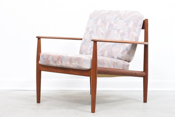 Teak lounge chair by Grete Jalk with original upholstery