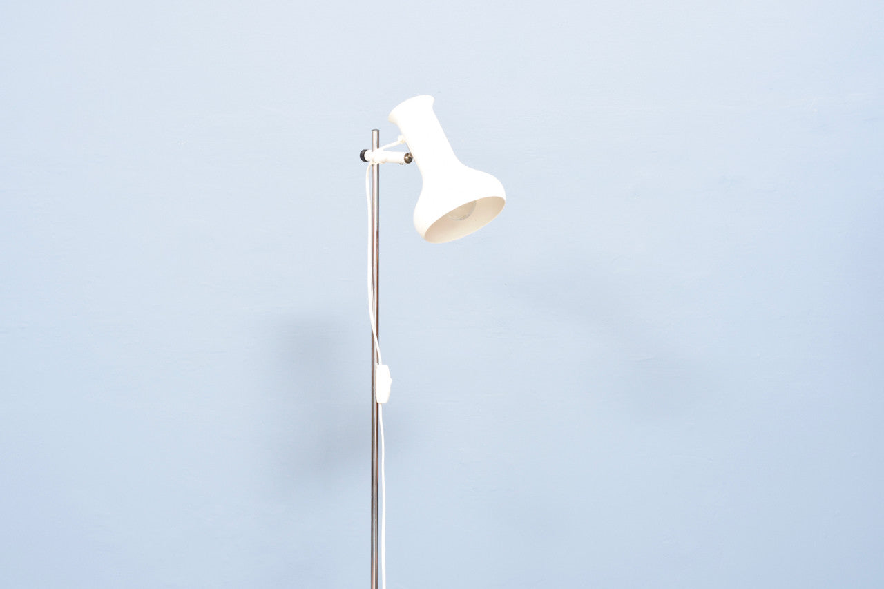 Floor light w/ white shade