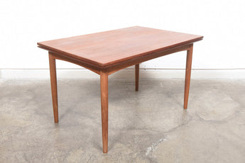 Extending rectangular dining table by Slagelse Møbelvaerk