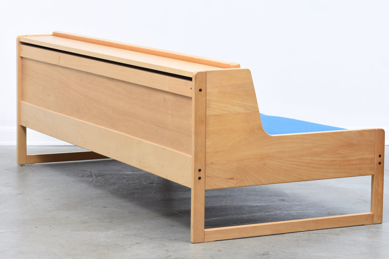 Vintage daybed in beech + wool