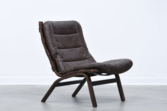 Leather lounger by Farstrup