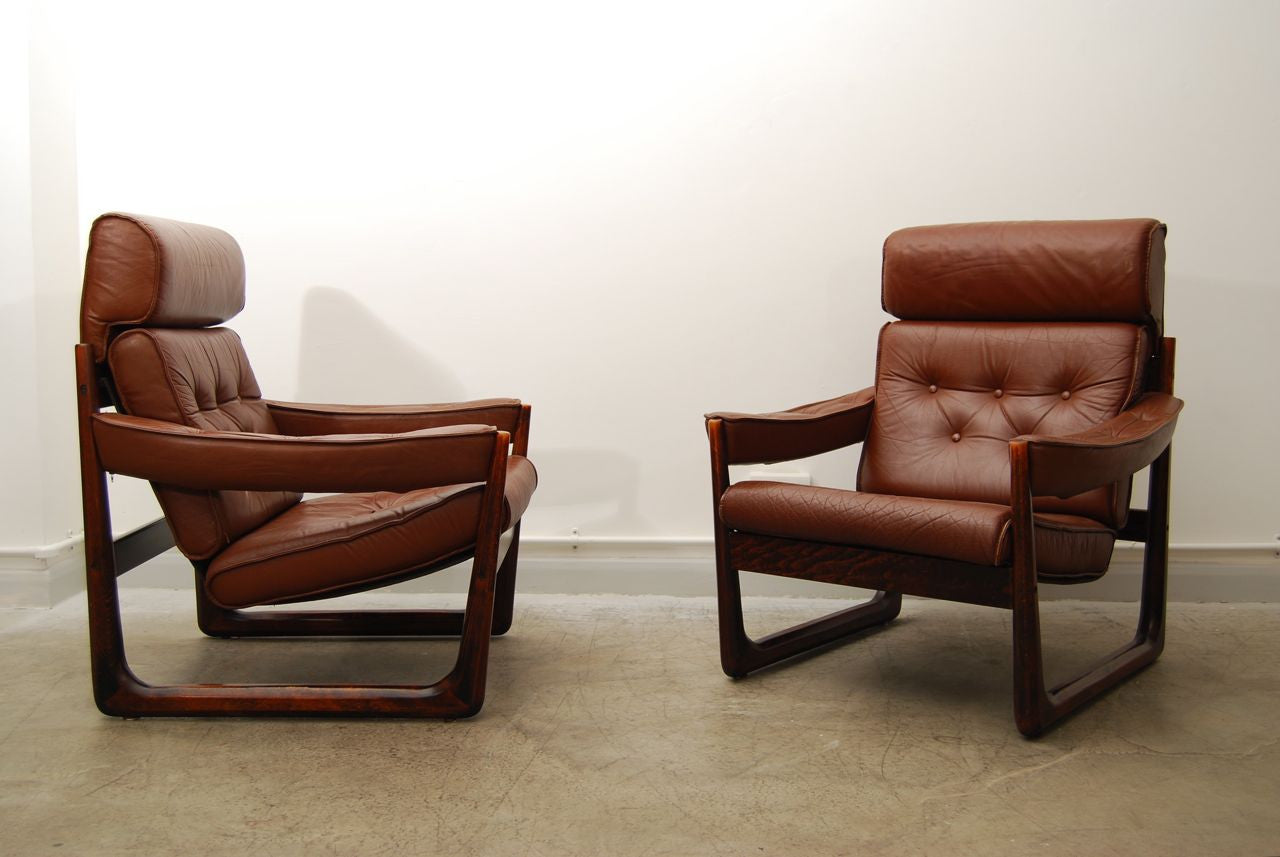 Pair of Norwegian loungers