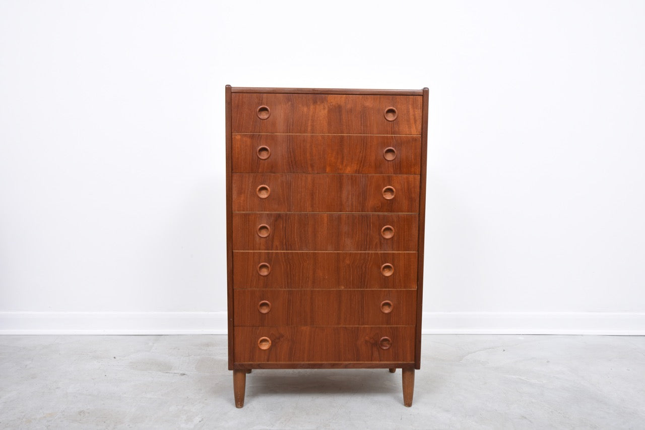 LeneDec17 Chest of seven drawers in teak