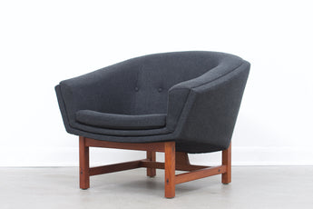 Two available: Corona lounge chair by Lennart Bender