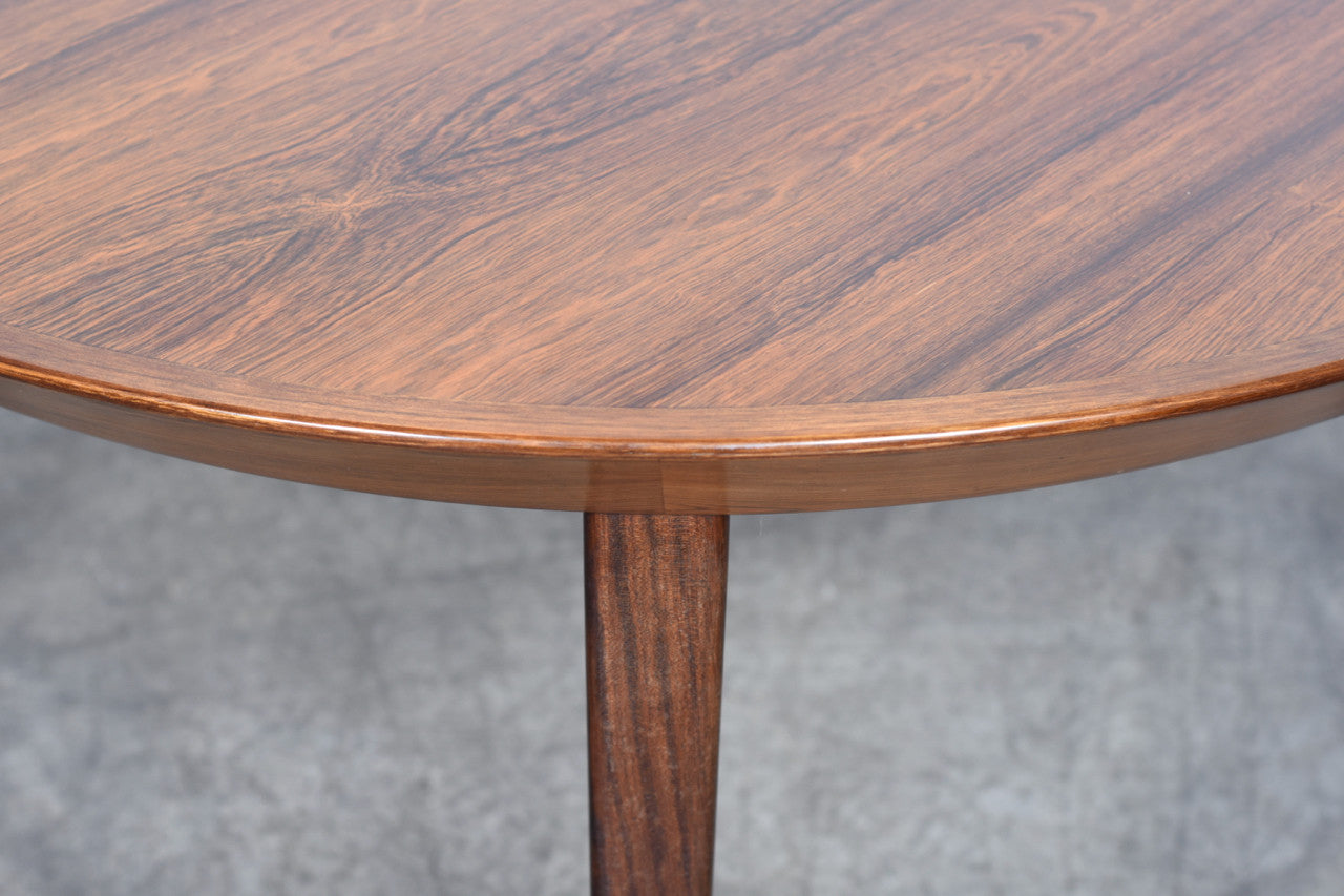 Extending rosewood dining table by Shou Andersen Møbelfabrik