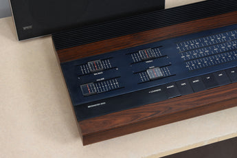 Vintage Beomaster 2000 stereo with matching speakers