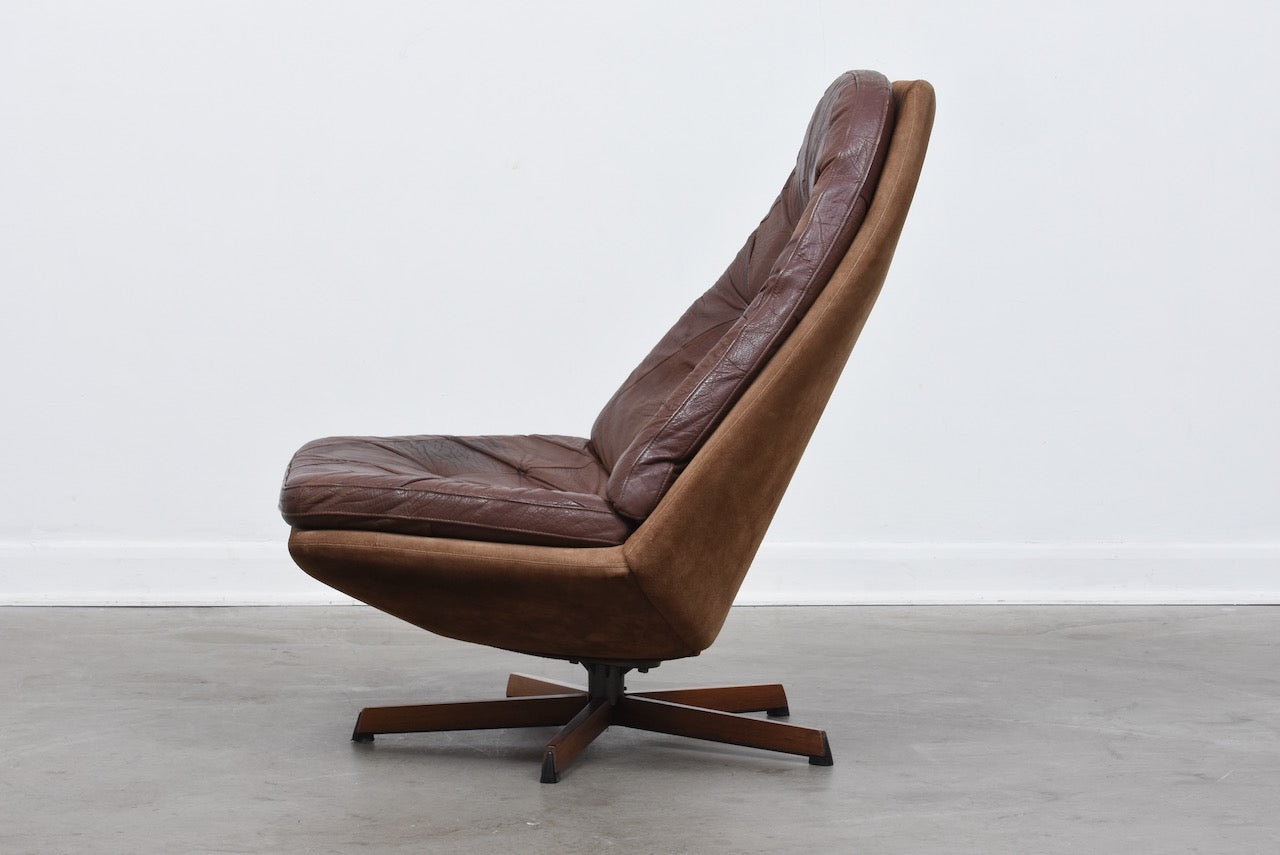 Reclining leather lounge chair by Madsen & Schubell
