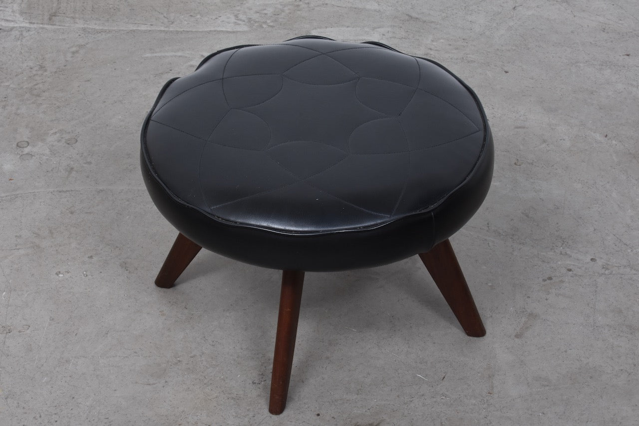 Round foot stool on teak legs