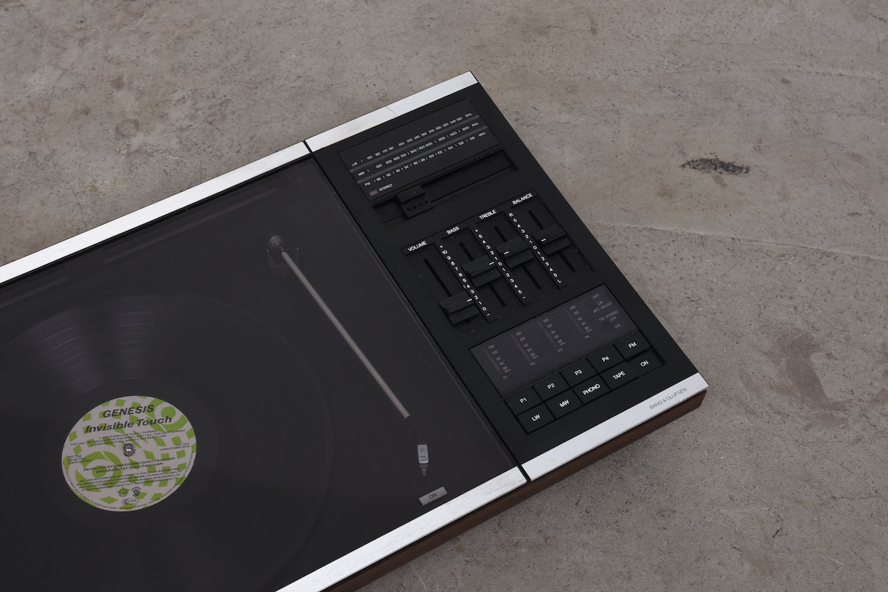Beocenter 2000 hi-fi system by Bang & Olufsen