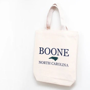 How to Customize Your Wedding Welcome Totes