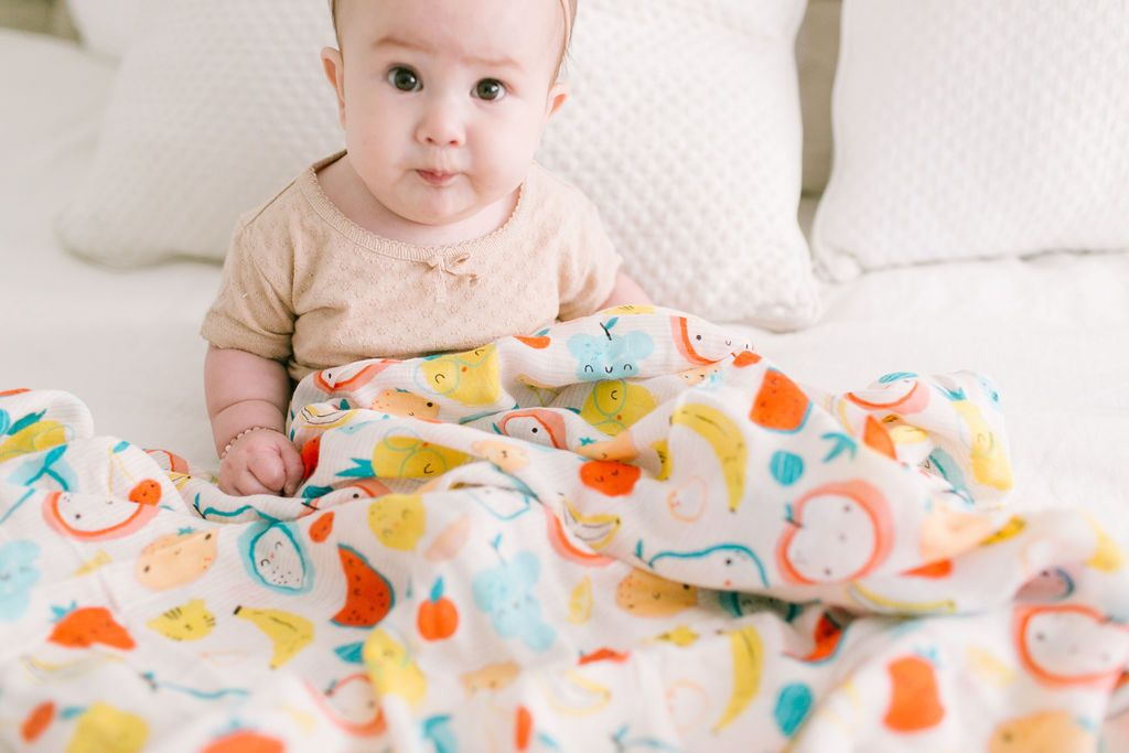 The Swaddle Blanket - Cutie Fruits
