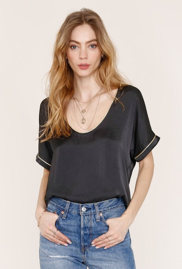 The Suzanne Tee by Heartloom - Black