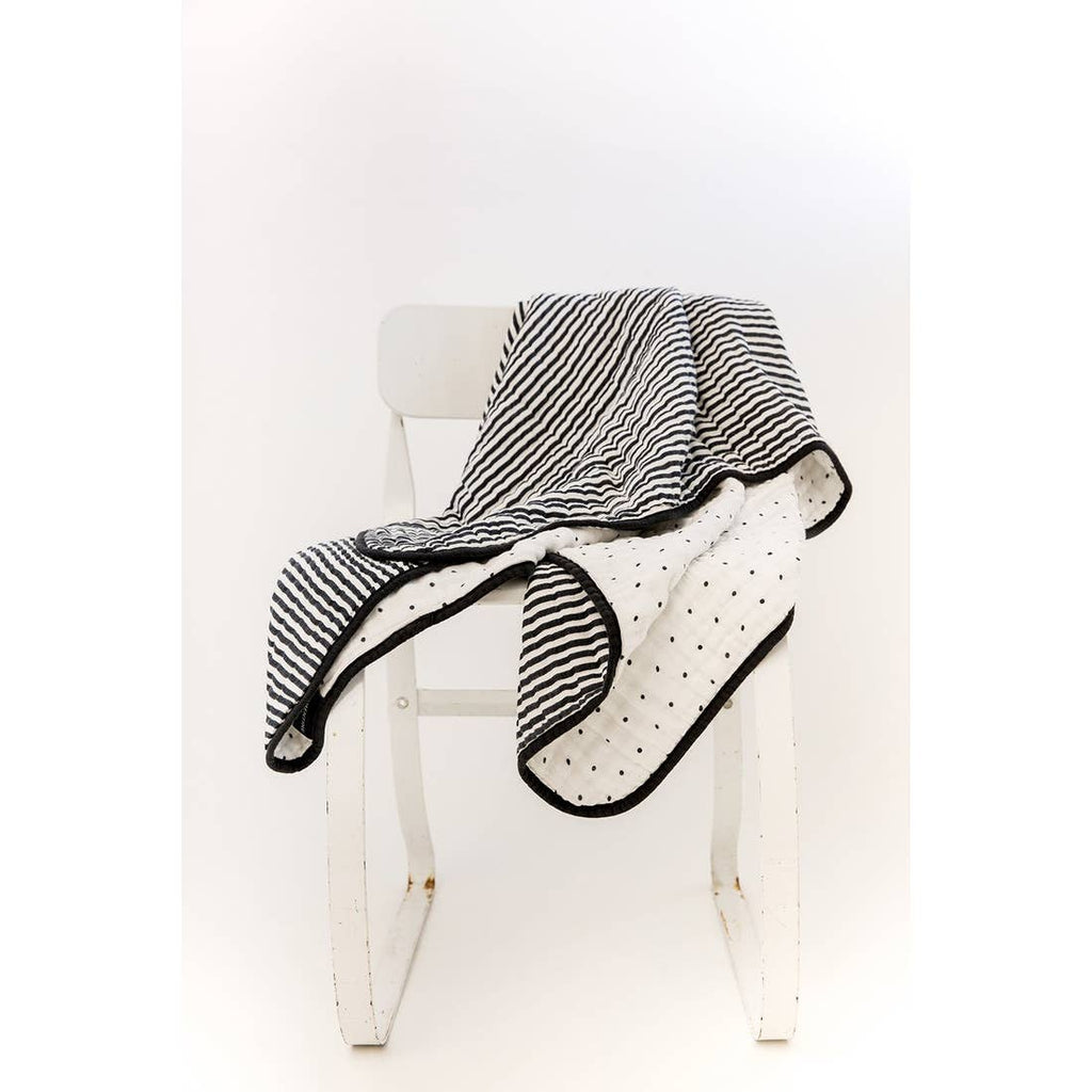 The 4 Layer Quilt - Reversible B+W Stripe