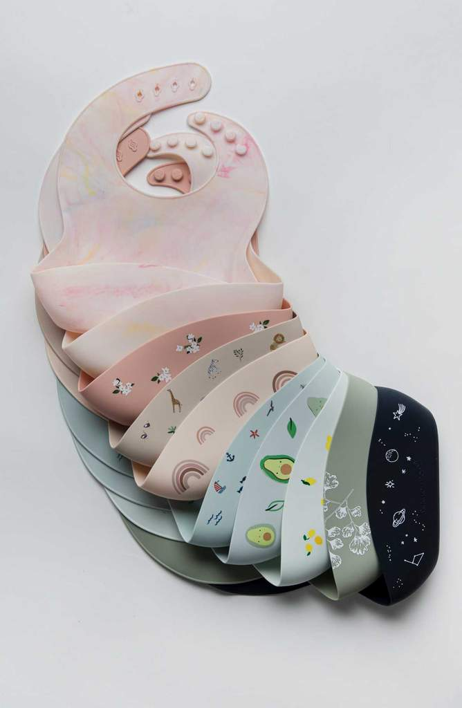 The LouLou Silicone Bibs - Space