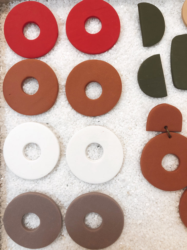 The Large Circle Stud - Various Colours
