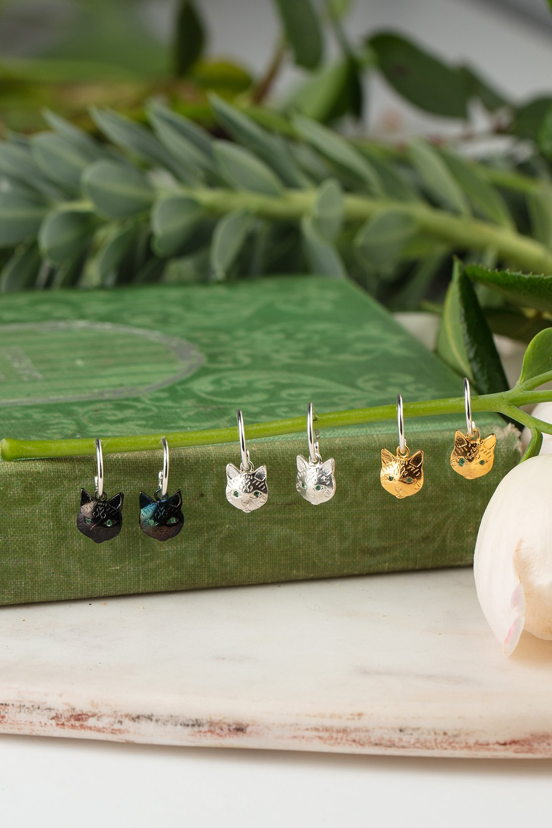 cats eye earrings