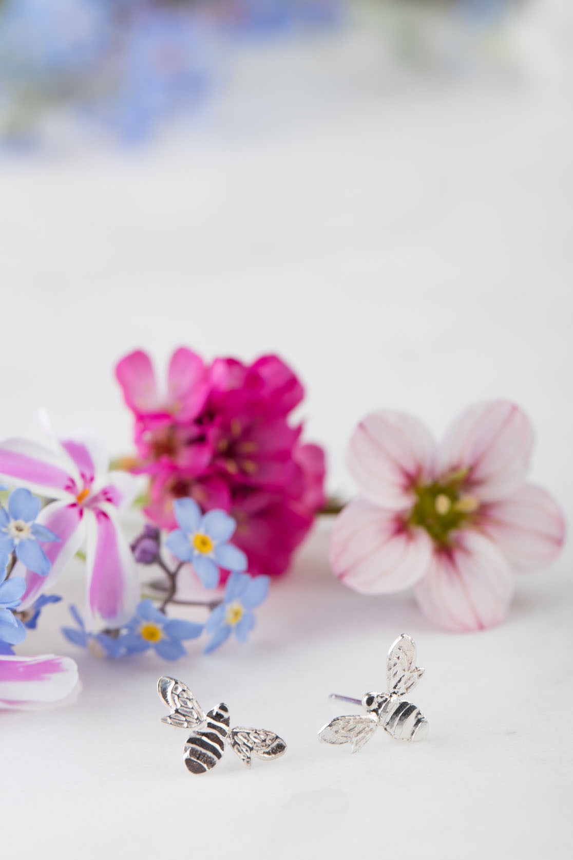 mini bee stud earrings