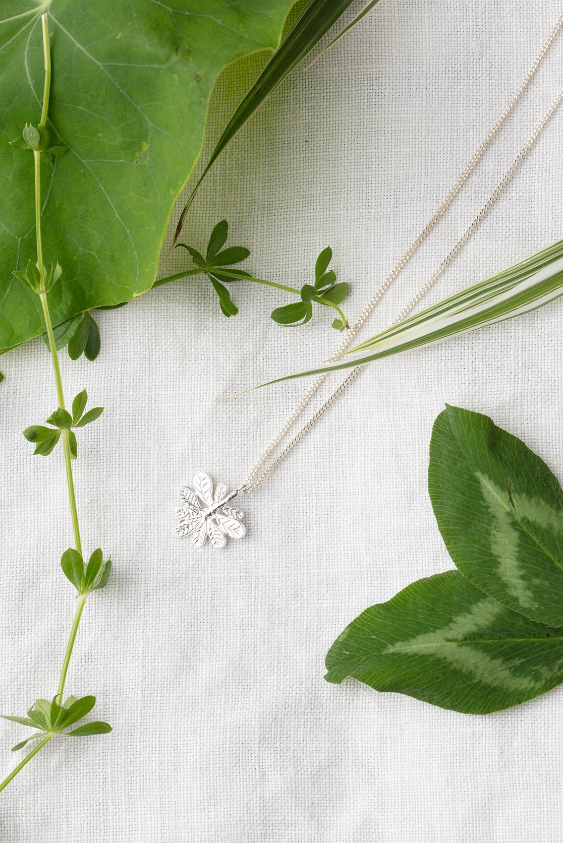 Aralia leaf necklace