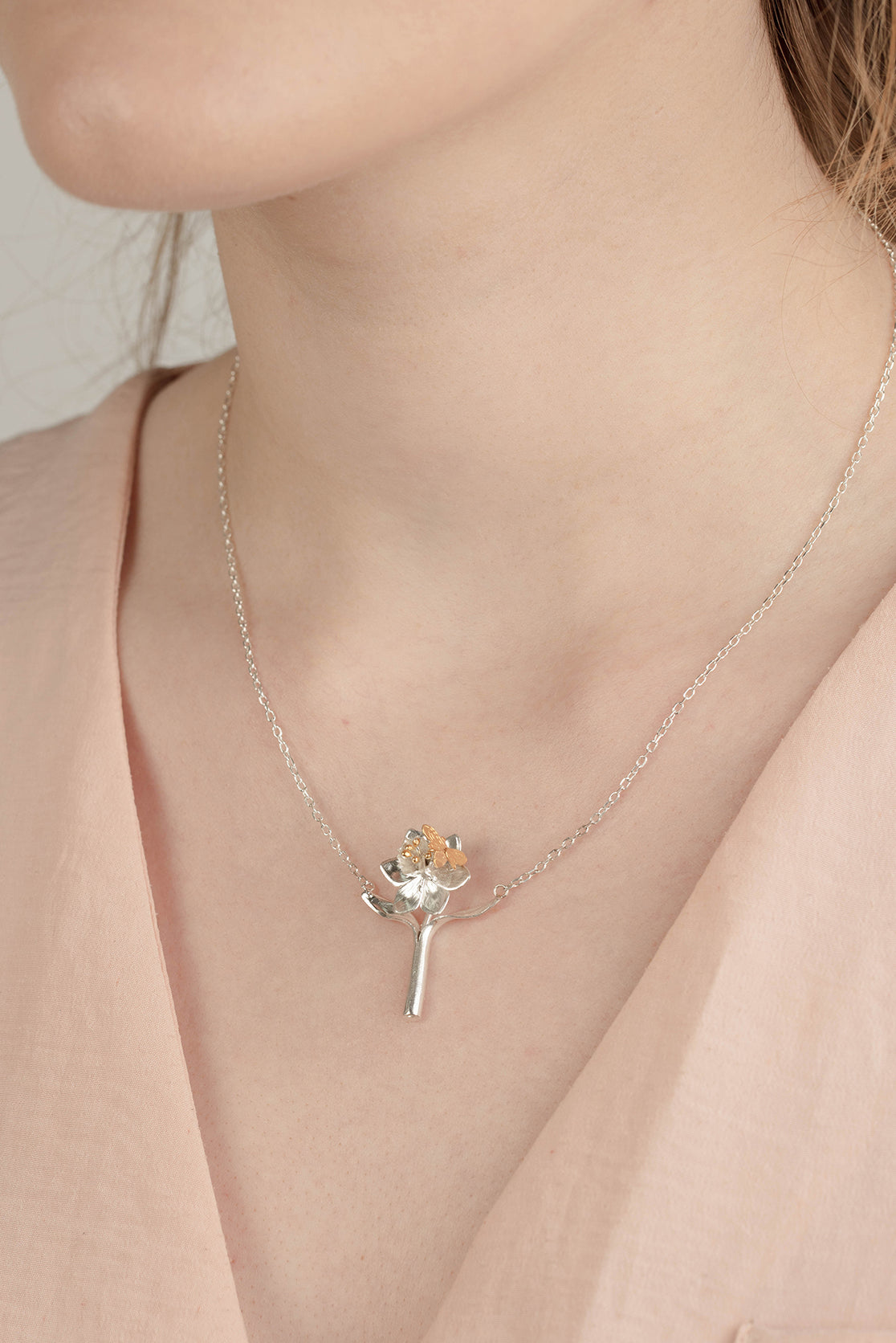 Daffodil And Bee Pendant